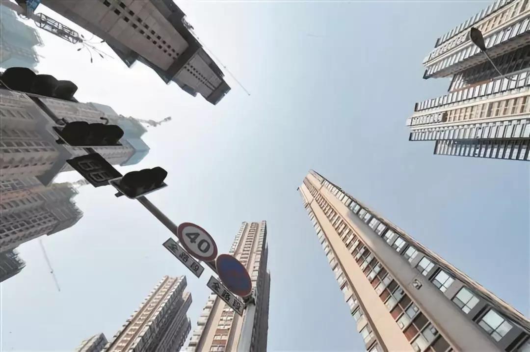"""年报观察丨2018年TOP30房企谁是""""利润王""""谁最失意 这份榜单有答案.jpg"""