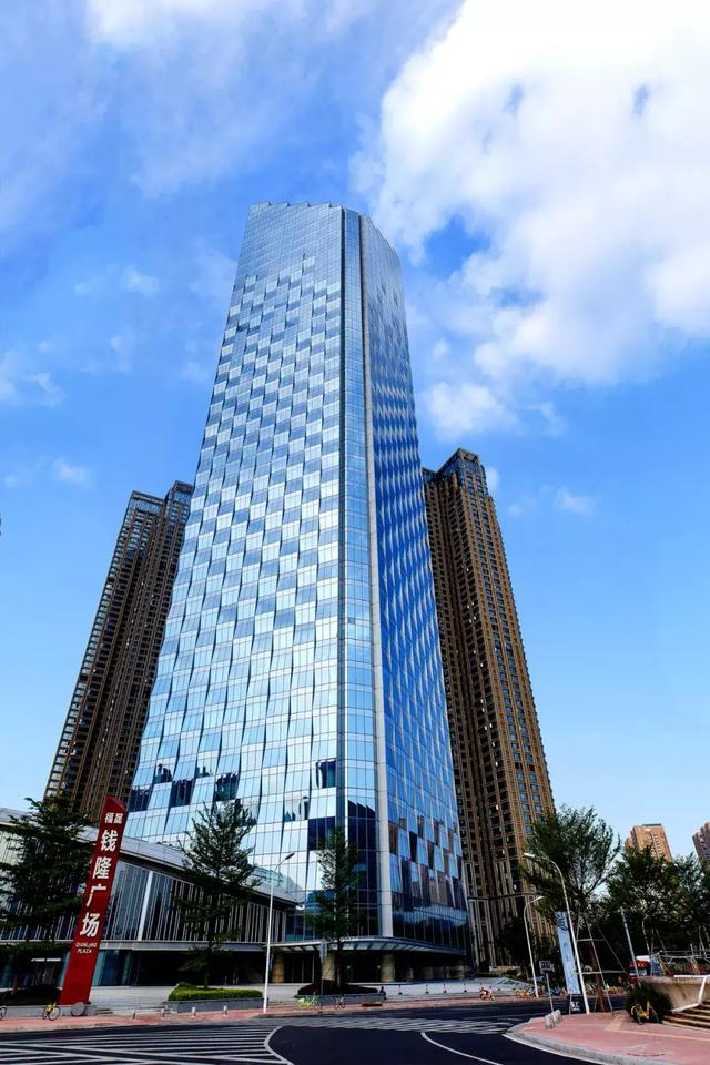 潘伟明:打造稳健地产百年老店,为中国城市缔造美好生活